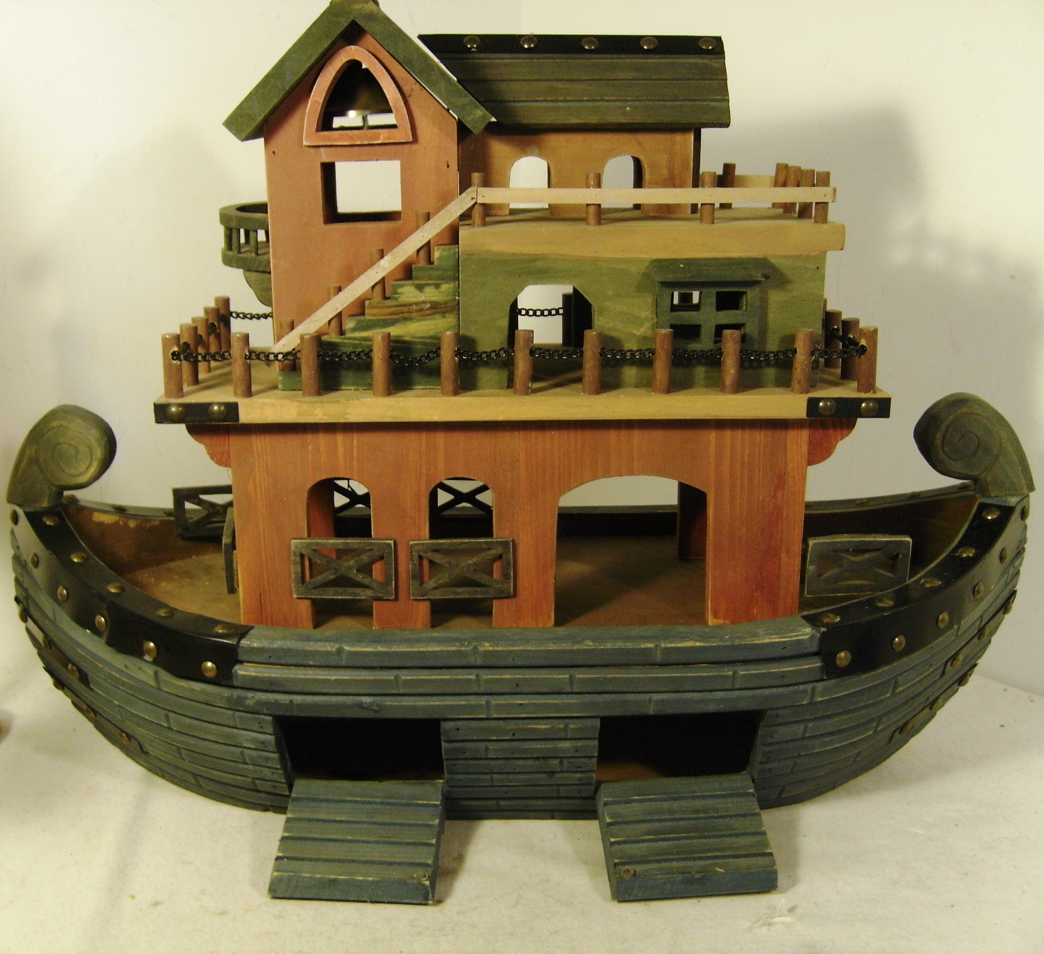 Stunning Wooden Toy Noahs Ark With Animals Severn Beach Antiques