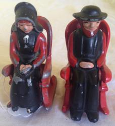 very unusual vintage die cast amish salt and pepper pots