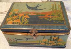 vintage large bluebird mosiac biscuit tin