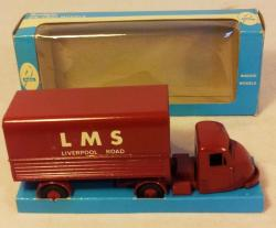 vintage budgie scammell scarab delivery van 702  boxed