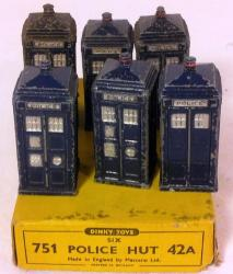 vintage dinky trade boxed set 6 police huts 42a /751
