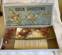 1930s duck shoot shooting game