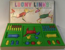 c1960's bell loony link construction toy ( complete)