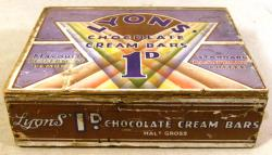 original 1920's art deco lyons chocolate cream wooden packing box