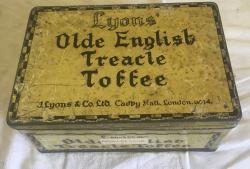 1930s lyons travle toffee shop dispensing tin