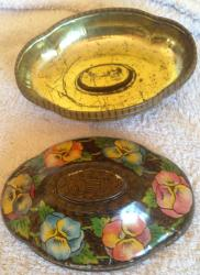 1920s rowntrees pansies oval chocolate tin