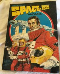 vintage tv's space 1999 annual unclipped