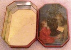 charming small 1960s walters toffee xmas tin