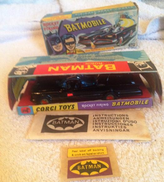 original 1964 corgi batmobile 1st issue boxed no. 267