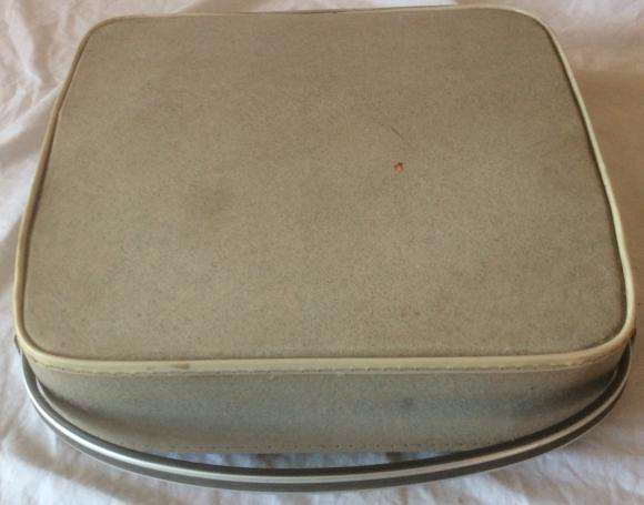 vintage brother deluxe 1350 portable typewriter cased