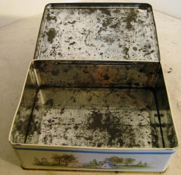 1960's cws co-op large georgian scene biscuit tin