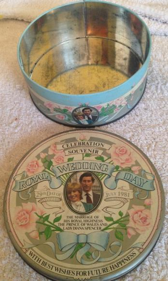 1983 royal wedding callard & bowser toffee tin