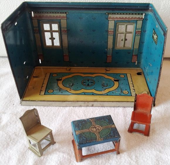 v.rare c1900 german tin plate dolls house dining room