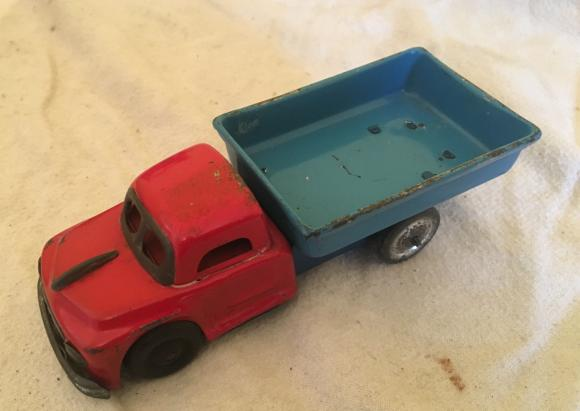 1950s tin plate friction tipper lorry