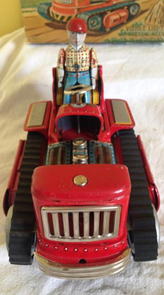 1950s Japanese  battery tin plate tractor , boxed and working