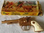 1960s crescent rustler 6 shooter toy cowboy gun boxed